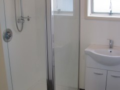 Palmerston North Accommodation - Ferguson Lodge - Court Bathroom